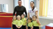 Выпускник ФФК ТГУ подарил детдому спортинвентарь